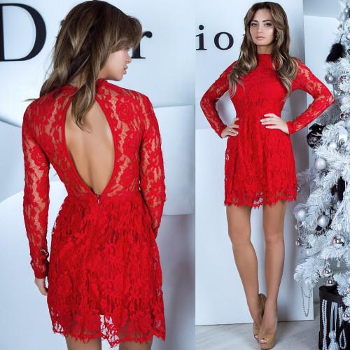 Платье гипюровое с разрезом на спине 411-0