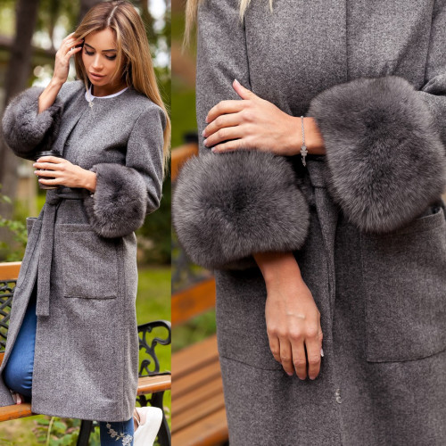 Пальто мех на рукавах песец 10897
