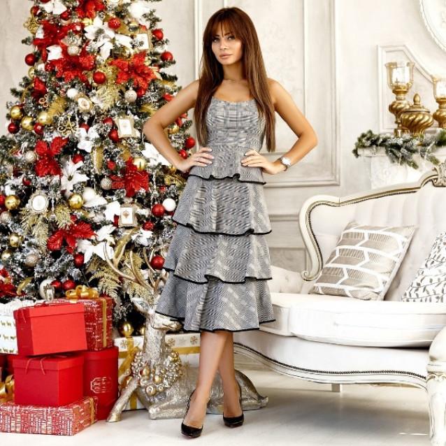 Модное трикотажное платье 11103