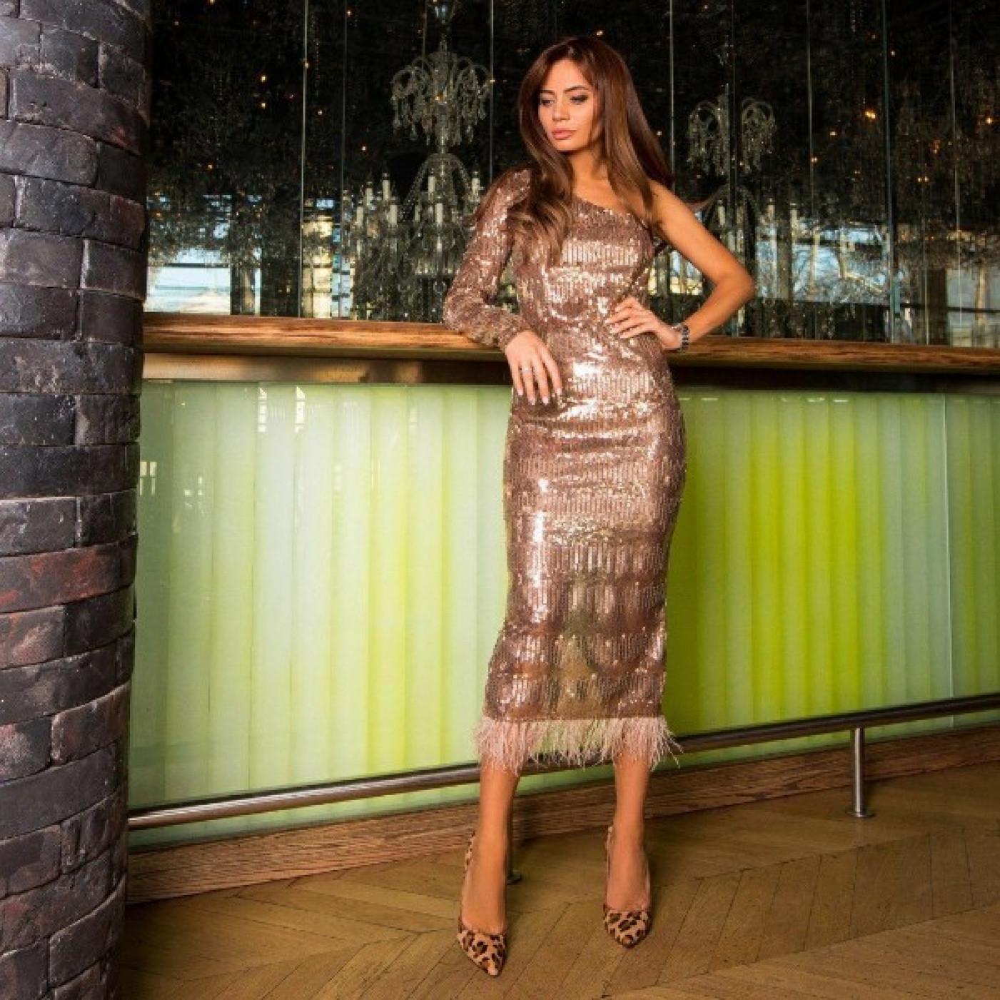 Длинное платье с пайетками 11172