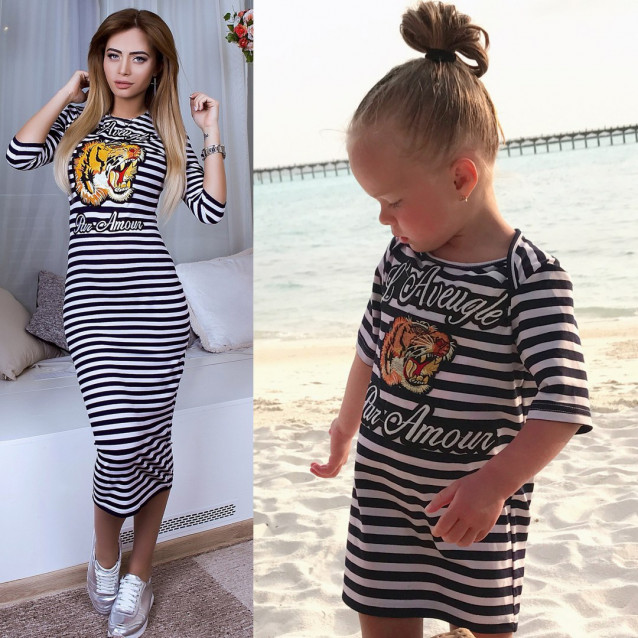 Платье детское в полоску с нашивкой тигра familylook 10776