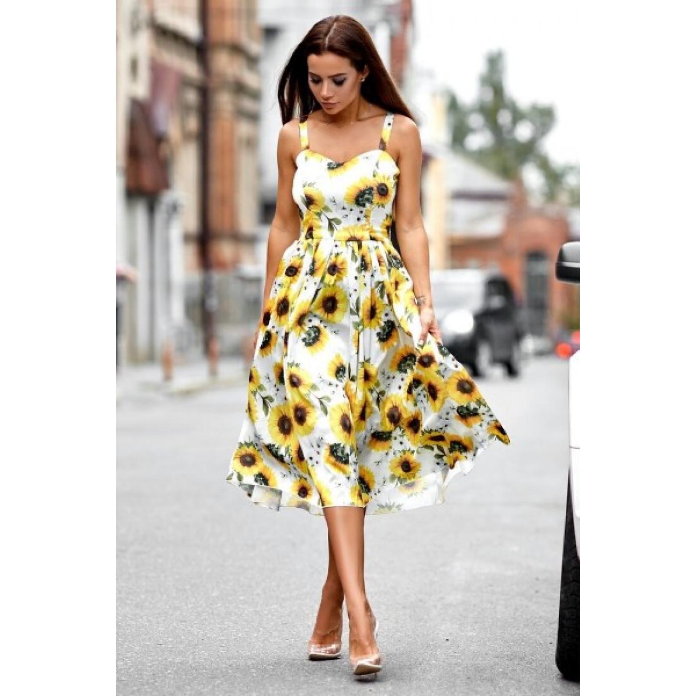 Яскраве плаття із завищеною талією 11085