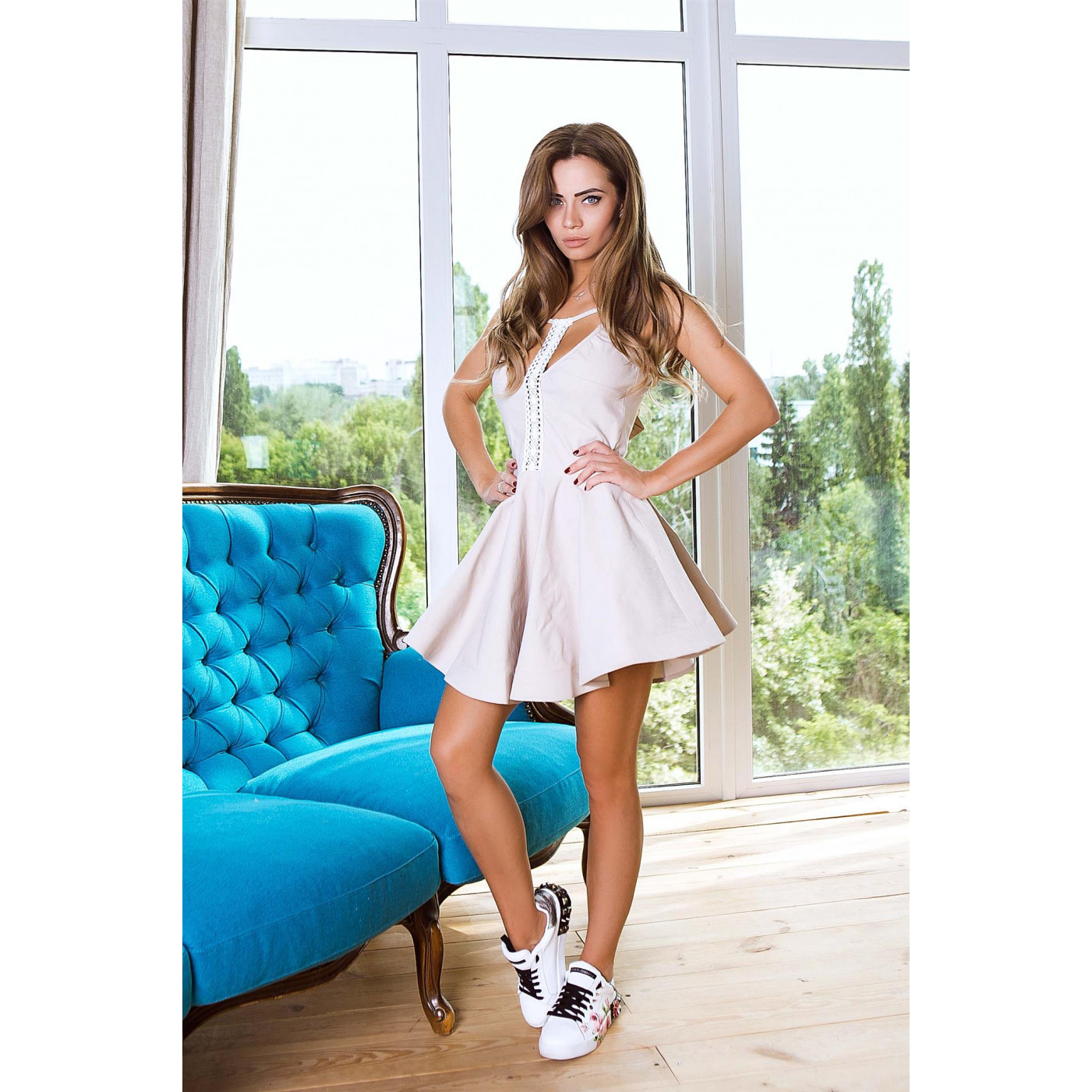 Платье стильное мини с кружевом 10823