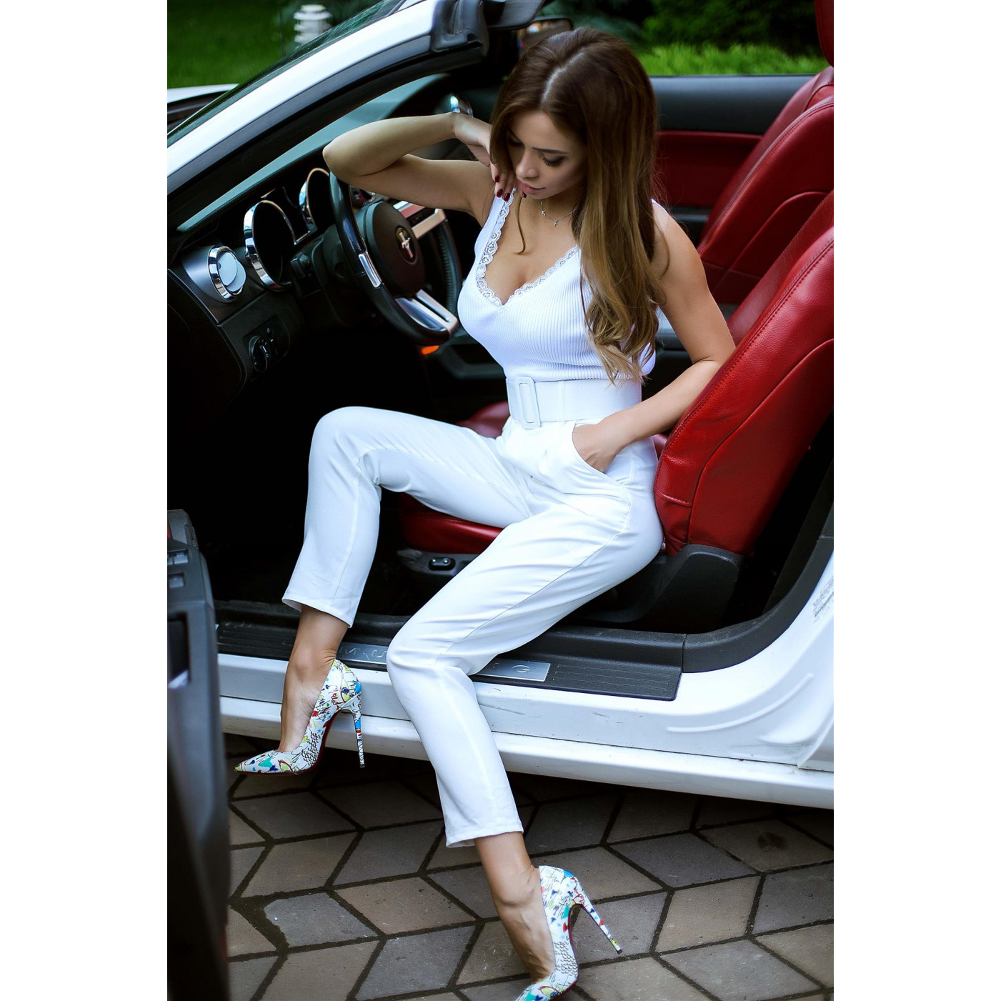 Яскраві укорочені брюки 07491