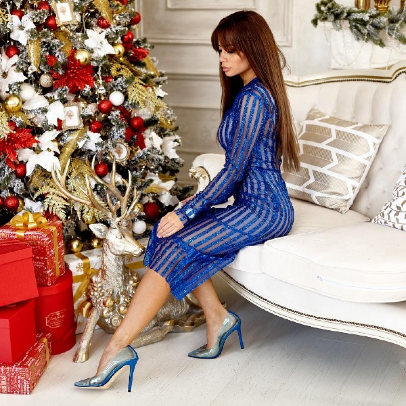Гарне плаття з блискітками 11000