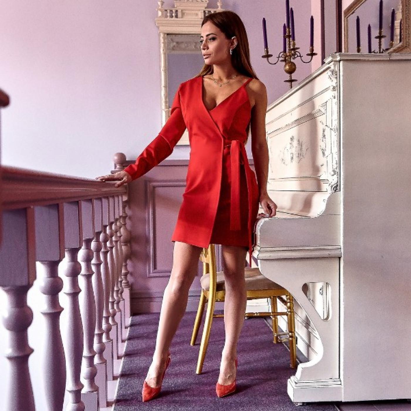 Сукня з одним рукавом 11112