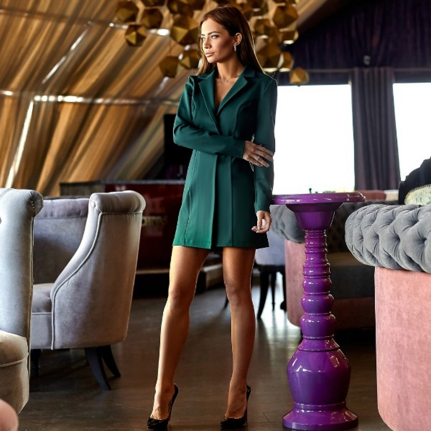 Платье-пиджак с открытой спиной 11148