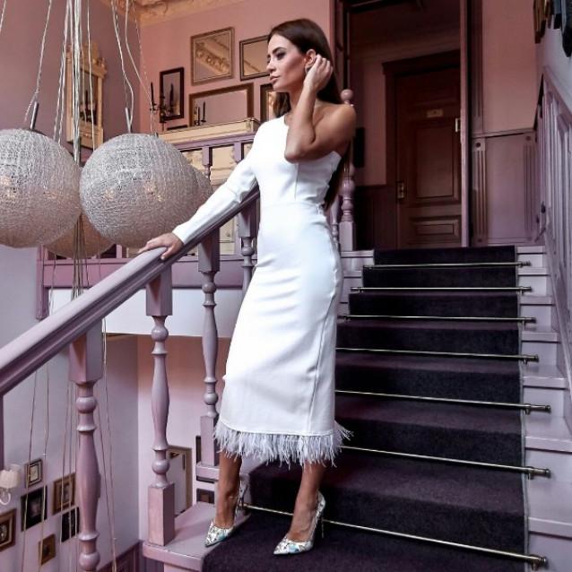 Платье с одним рукавом 11144