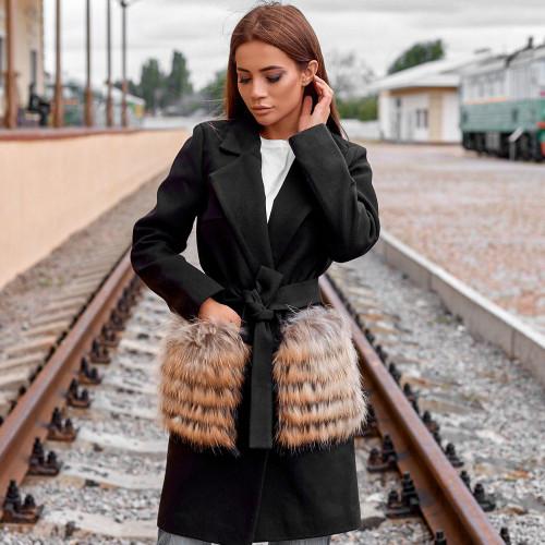 Пальто с меховыми карманами из енота 10606