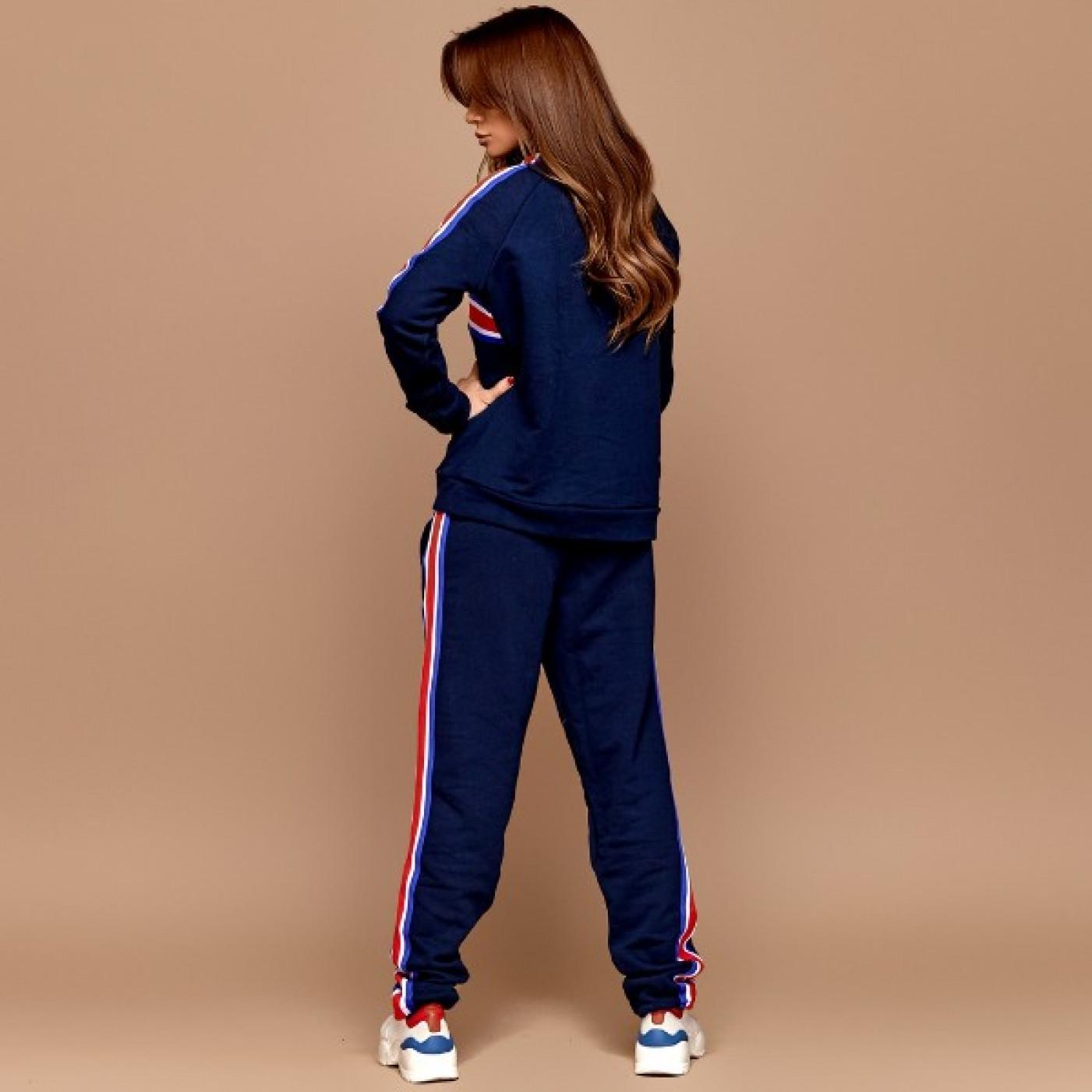 Утеплений жіночий спортивний костюм 11033