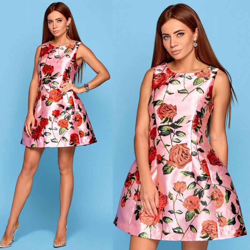 Яркое платье в розах 10527
