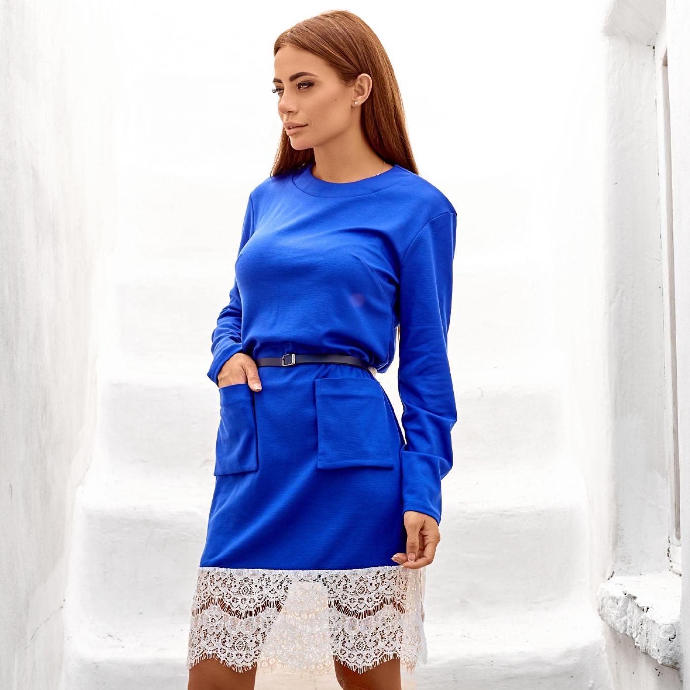 Закрытое платье с накладными карманами 10477