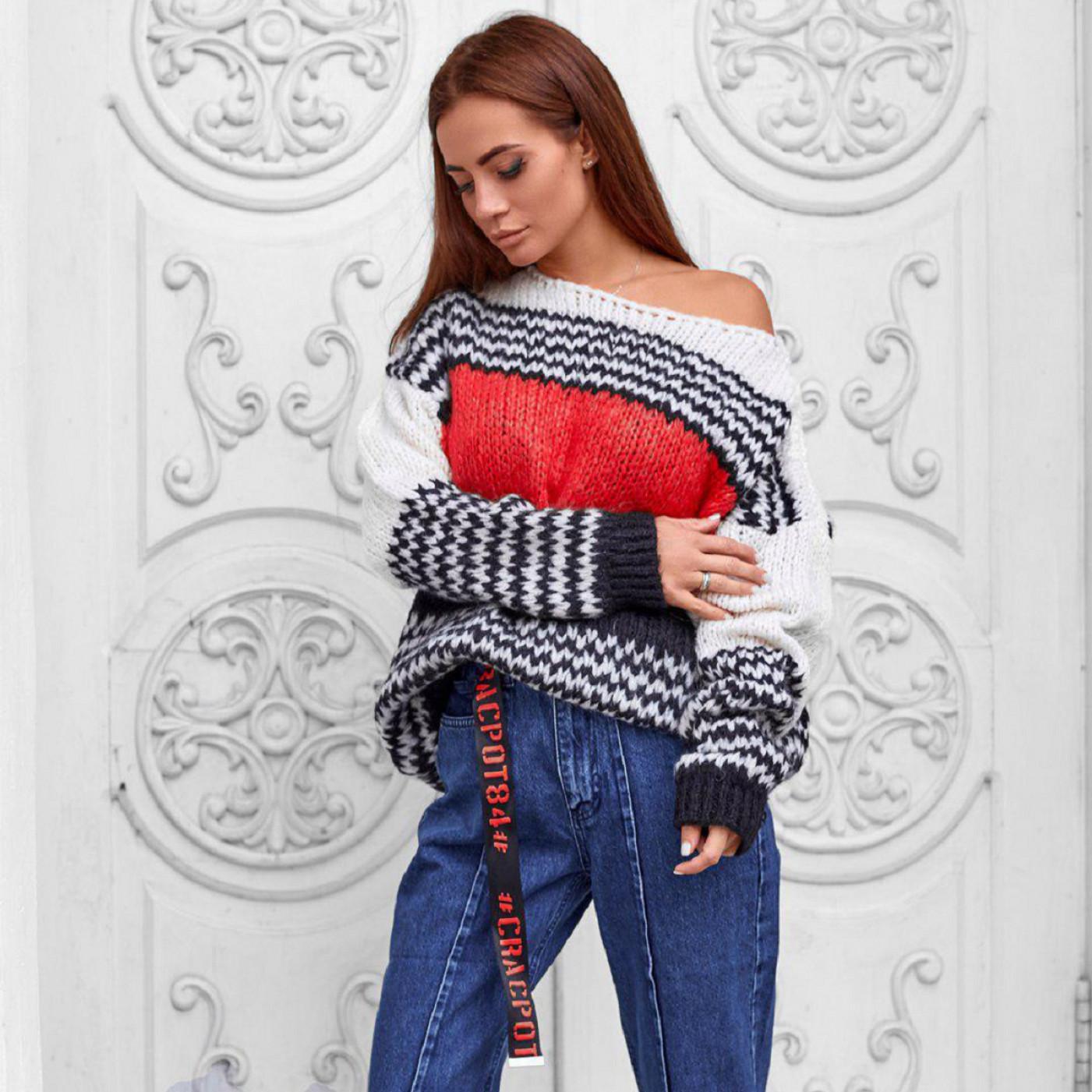 Теплый вязаный свитер 2337