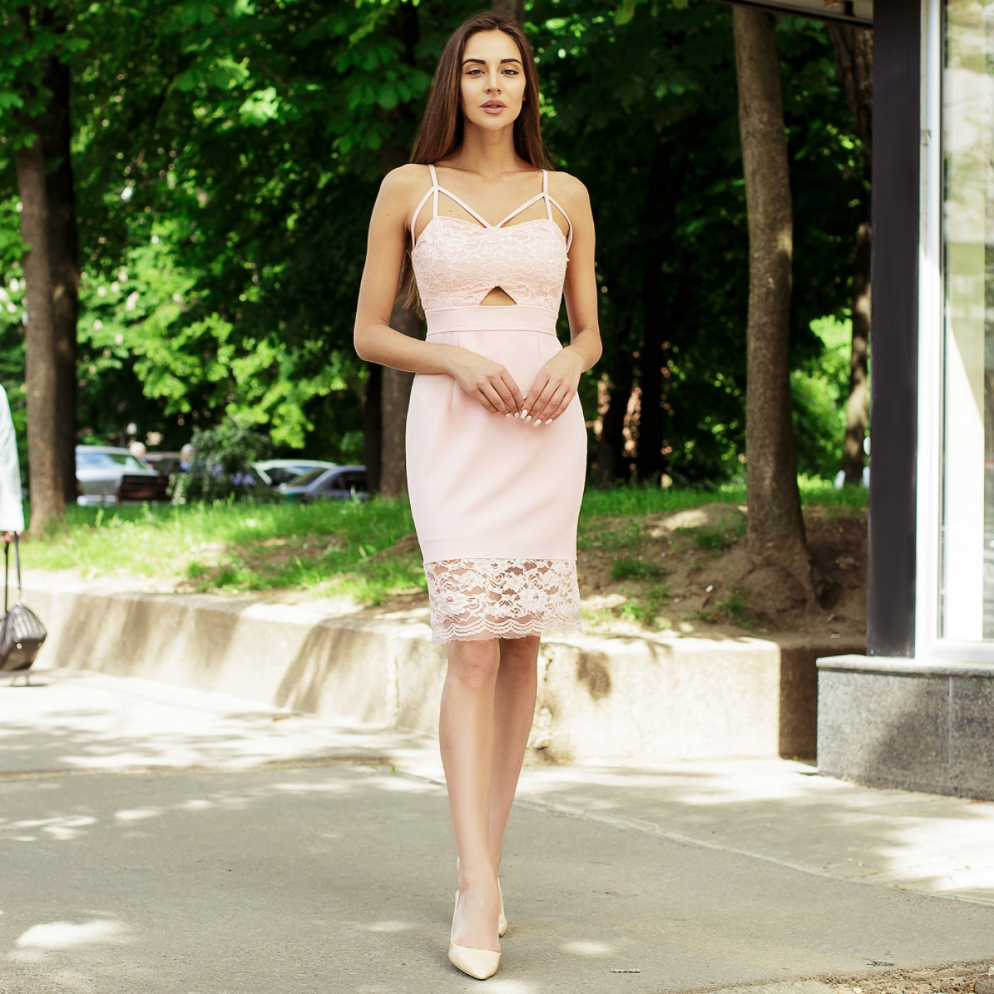 Витончене гипюровое плаття 290-0