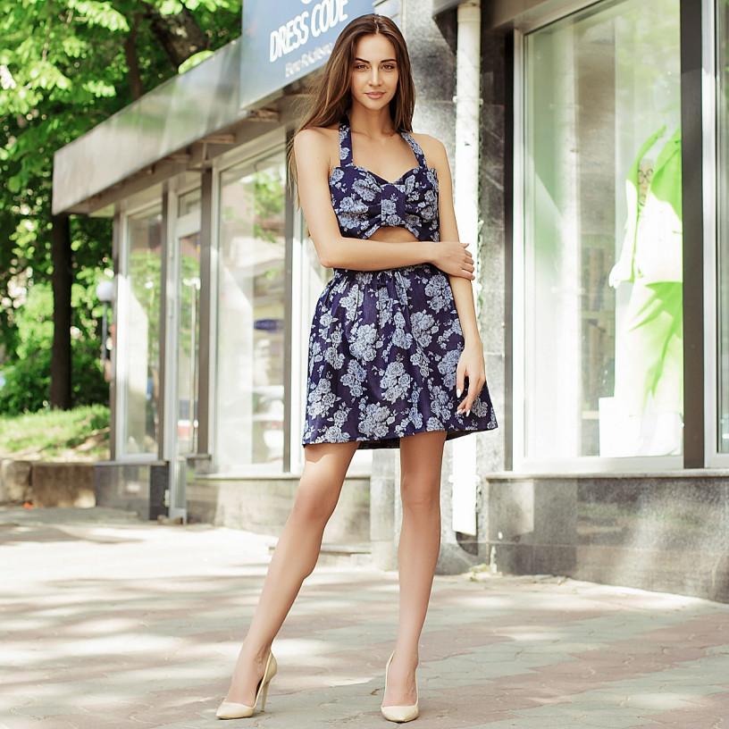 Літнє плаття з вирізом 00005005