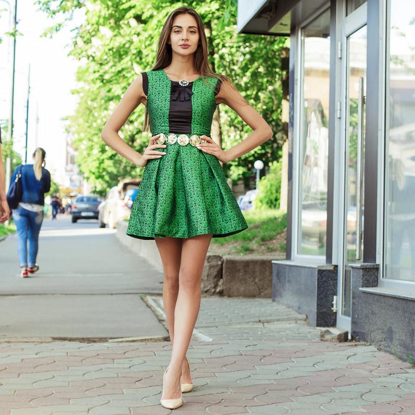 Гарне плаття з поясом 7186