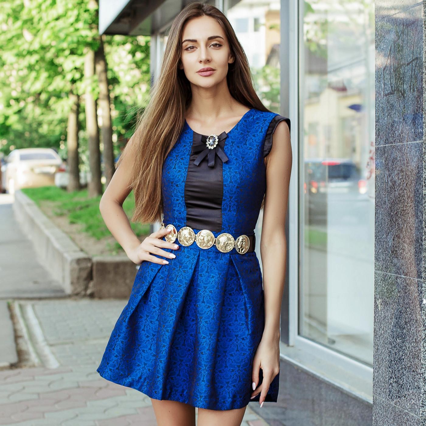 Красивое платье с поясом 7186