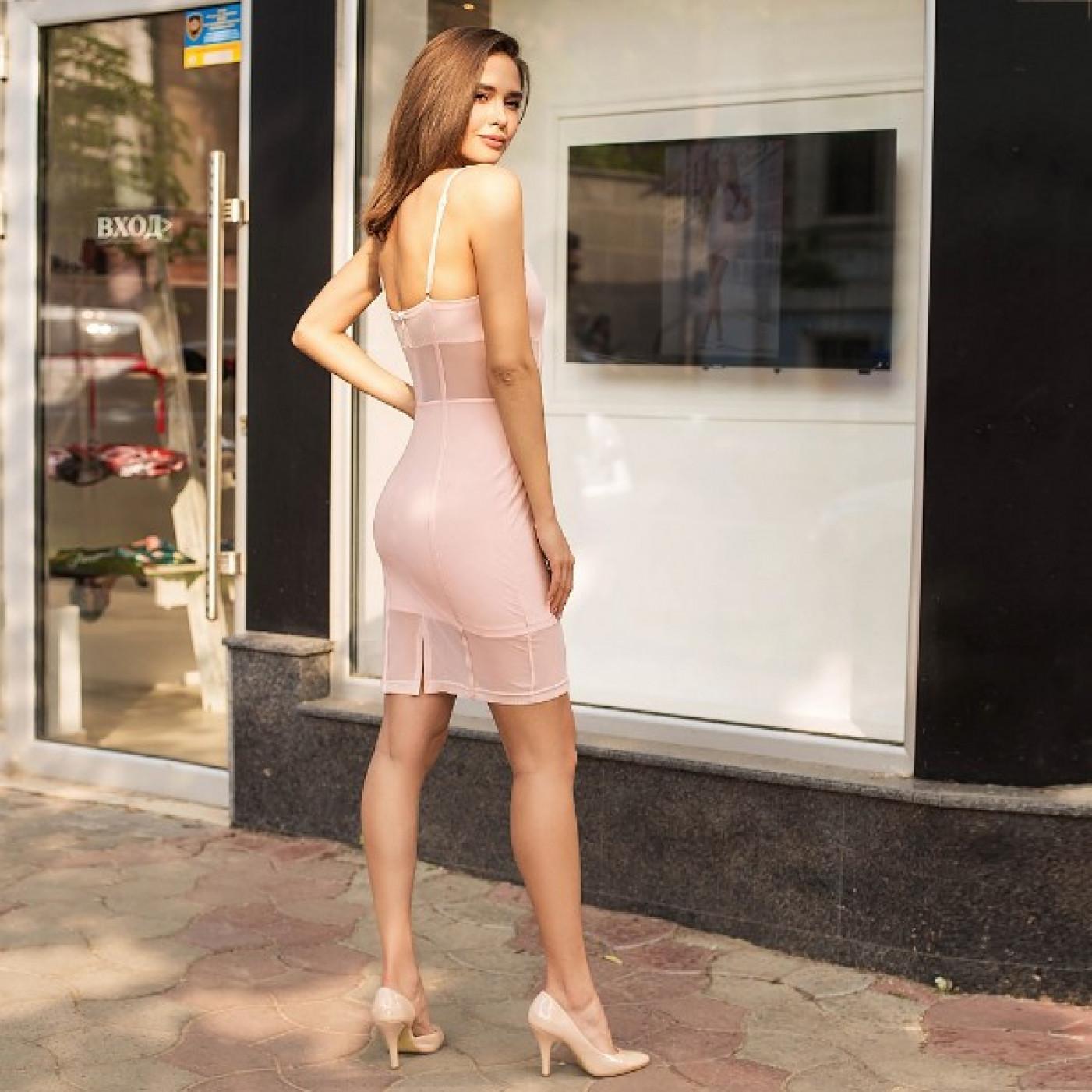 Ніжне плаття з відкритими плечима 205-0