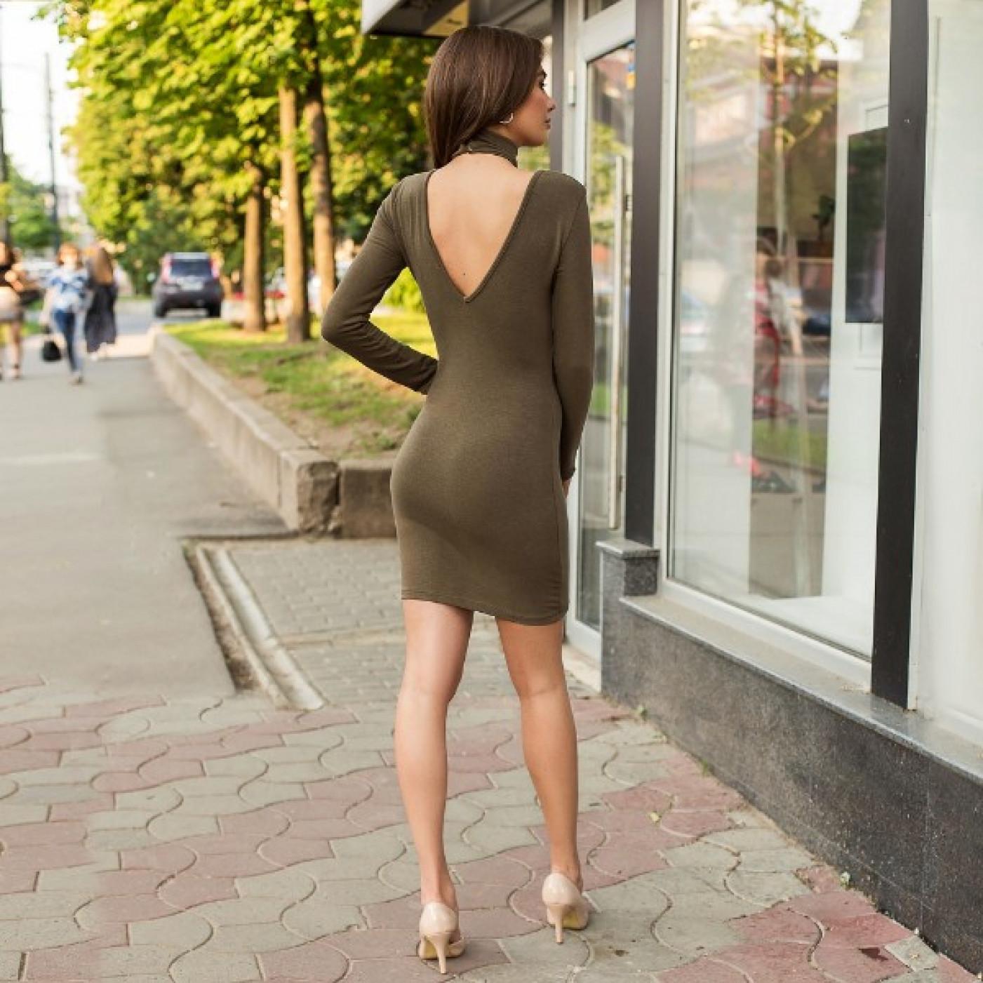 Відверту сукню 53726