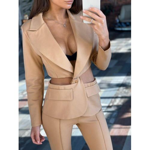 Строгий костюм с необычным пиджаком 11473