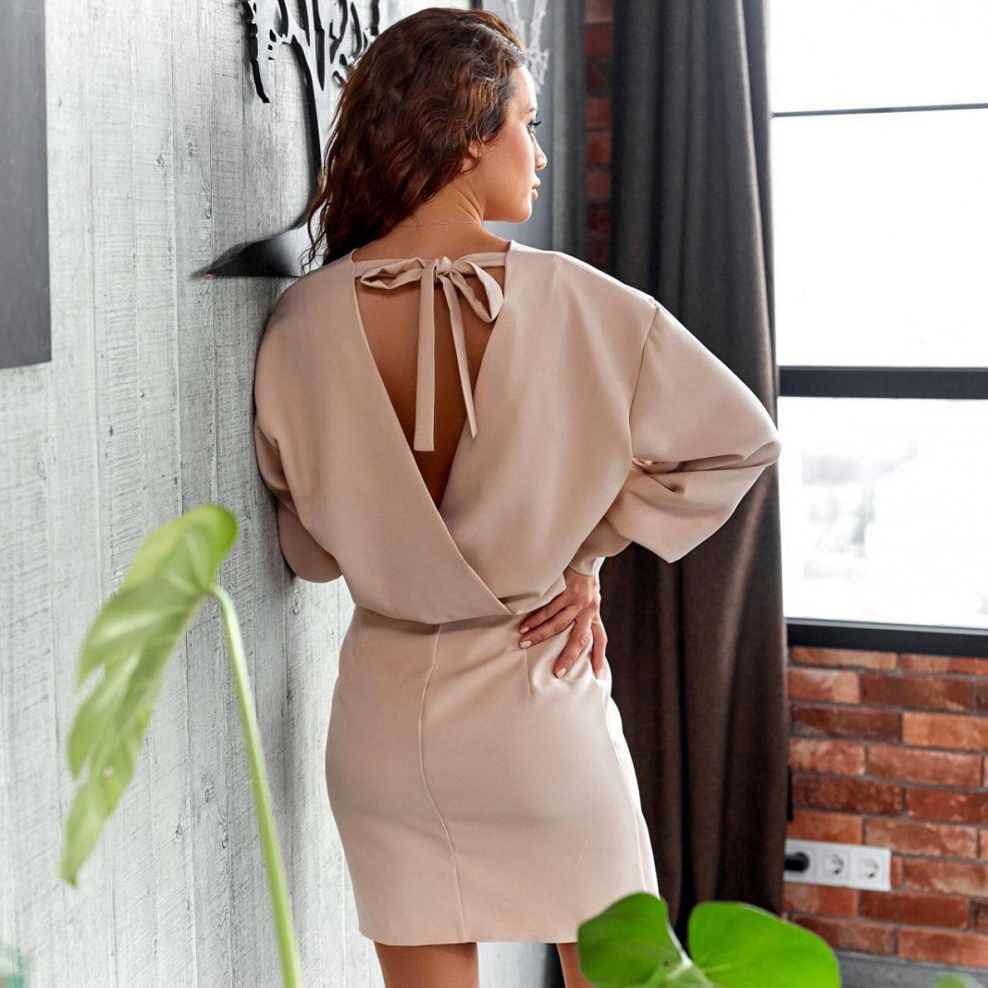 Платье с открытой спиной 11421