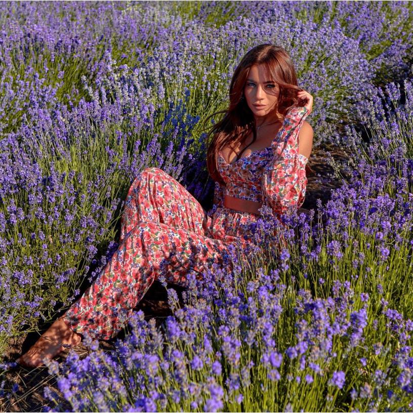 Яскравий квітковий костюм 11601-2