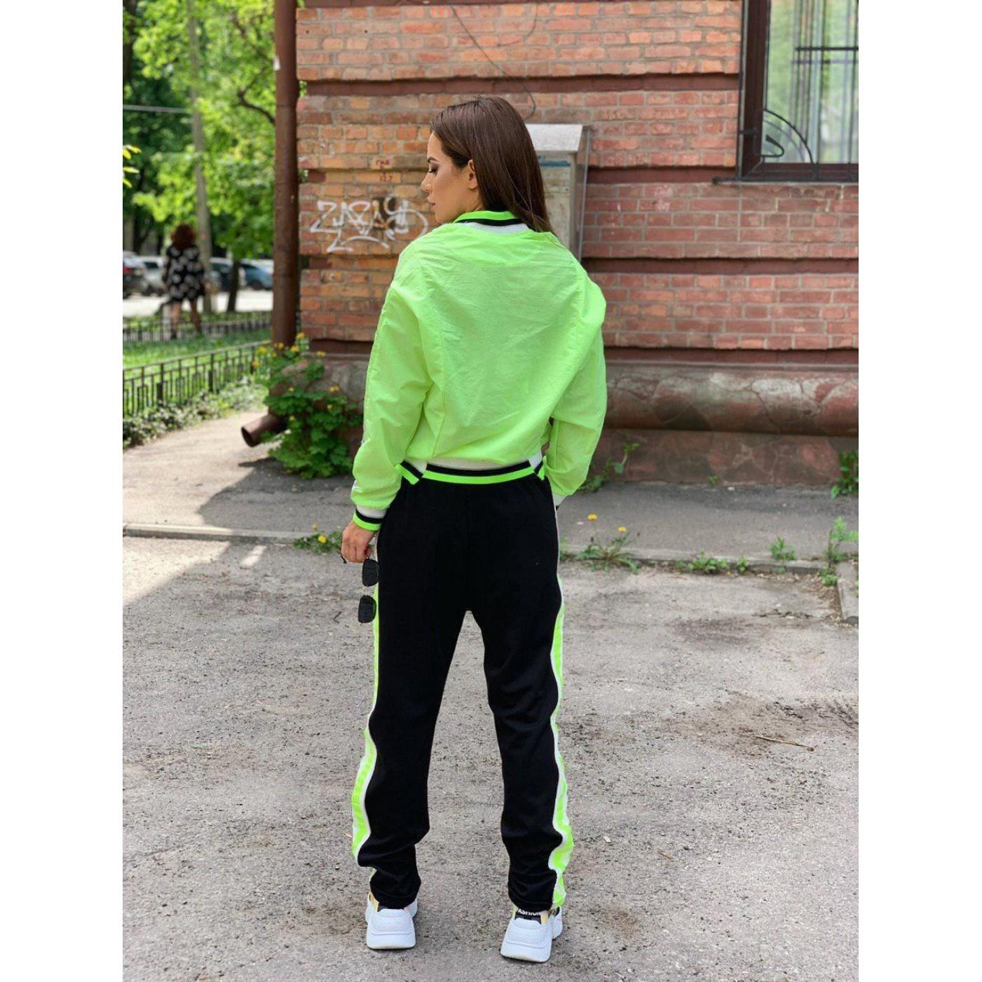 Легкий спортивний костюм 30202-001
