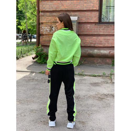Легкий спортивный костюм 30202-001