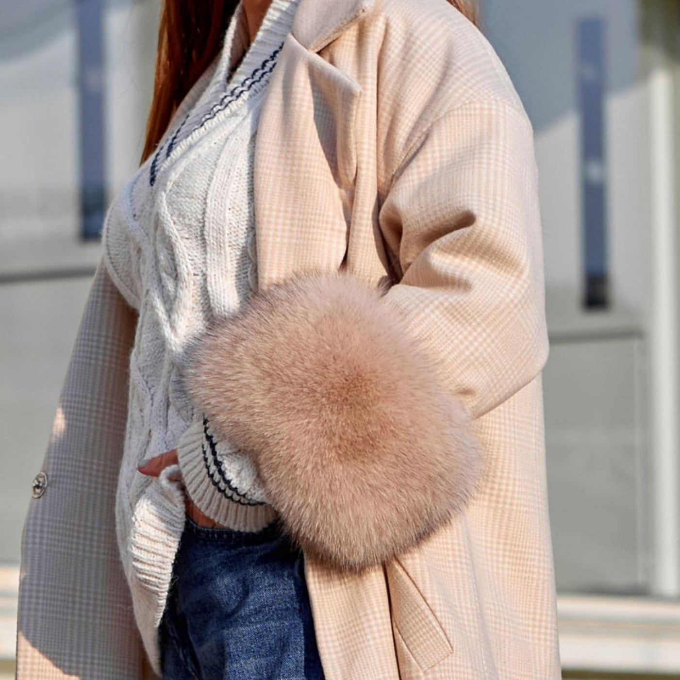 Пальто з хутряними рукавами 11669