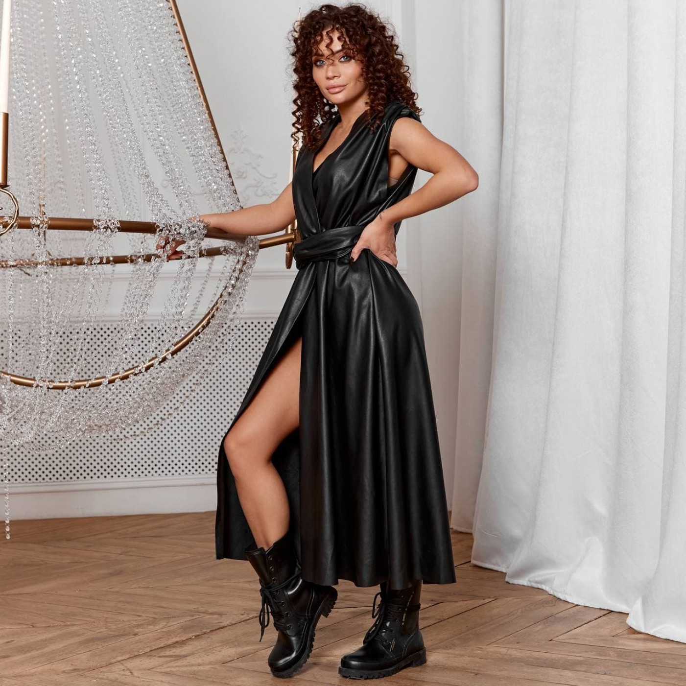 Элегантное кожаное платье 8241-2