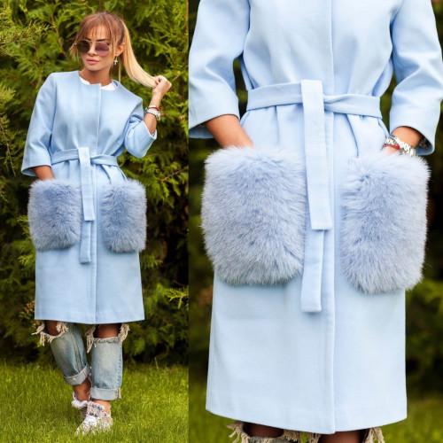 Пальто с яркими меховыми карманами из песца 10607