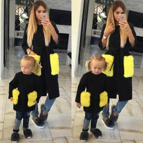 Пальто деткое с меховыми карманами 10608